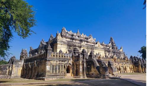 ミャンマーの昔の町への旅行