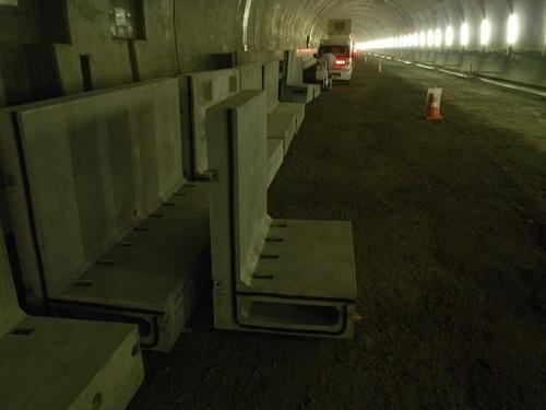 トンネル内用排水構造物施工速度